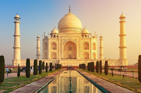 Mesés utazás Indiába és Dubaiba repülővel