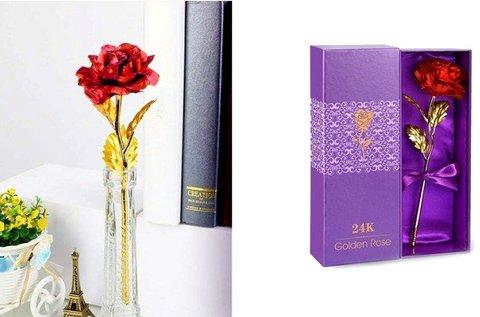 24 karátos arannyal futtatott rózsa díszdobozban