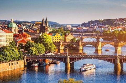 3 napos családi feltöltődés a száztornyú Prágában