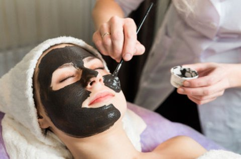Lézeres karbon peeling bőrképjavító arckezelés