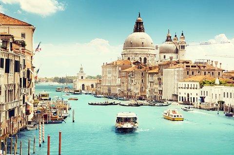 Romantika a lagúnák városában, Velencében