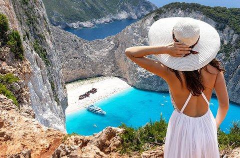 Vakáció a türkizkék vizű Zakhynthos szigetén