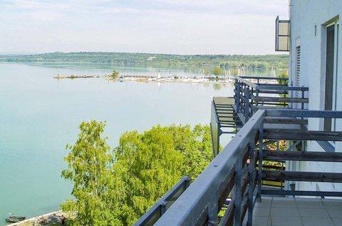 Tavaszi feltöltődés a Balaton partján, hétvégén is