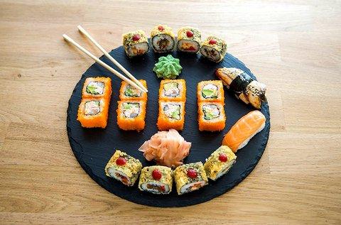 26 db-os ízletes sushi szett a Sushi Masterben
