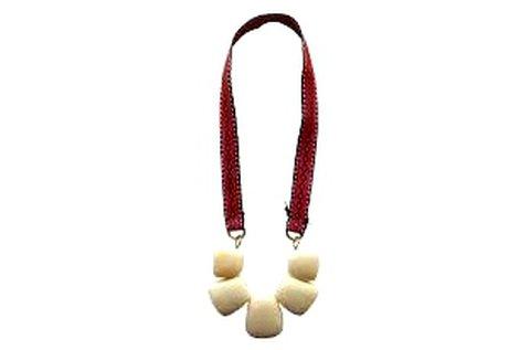 Gyönyörű Desigual női nyaklánc