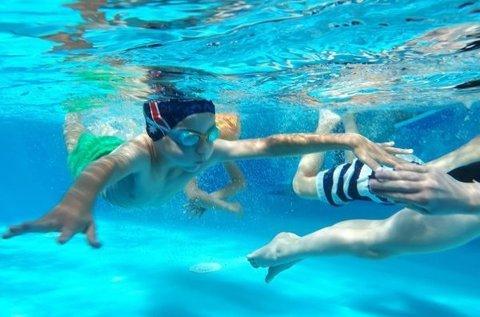 5 alkalmas úszásoktatás gyerekeknek