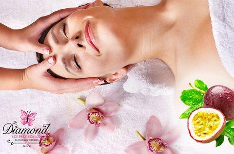 Ragyogóan üde arcbőr ultrahangos tisztítással