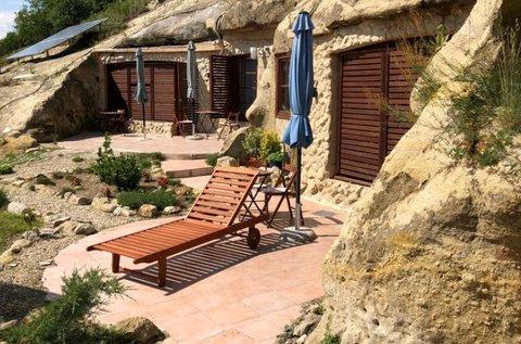 Pihenjetek egy barlang apartmanban a Mátrában!