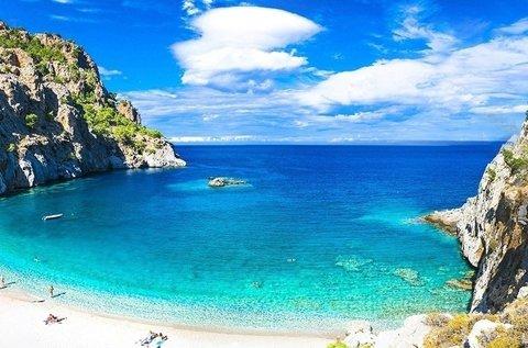 1 hetes nyaralás júniusban Karpathos szigetén