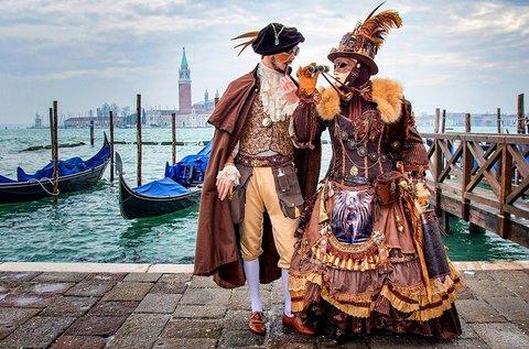 Látogass el február végén a Velencei Karneválra!