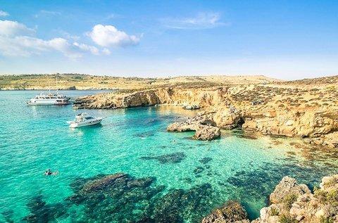 Varázslatos üdülés repülővel Málta tengerpartján