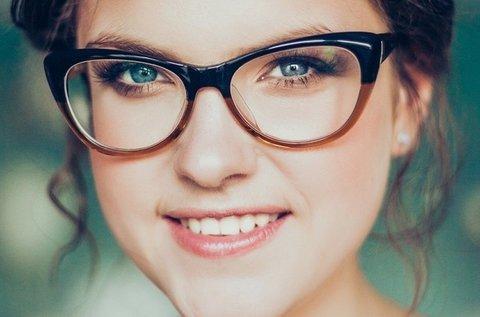 FreeForm multifokális szemüveg látásvizsgálattal