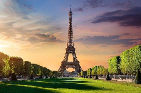 Páros romantika a fények városában, Párizsban