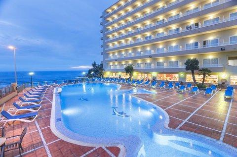Előszezoni vakáció a napfényes Costa Doradán