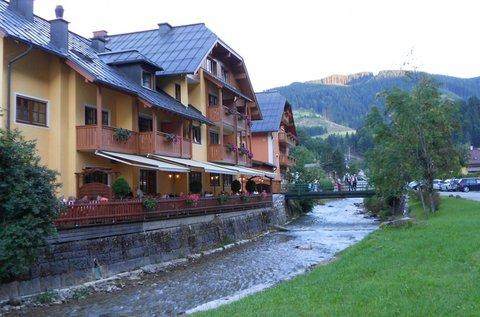 4 napos alpesi pihenés fürdőbelépővel Ausztriában