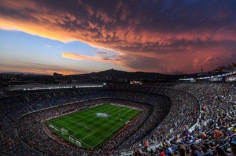 Barcelonai kiruccanás focimeccs belépővel