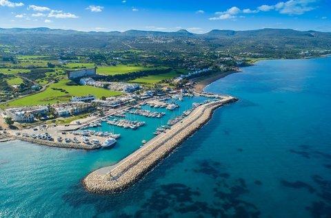 5 napos vakáció a szerelem szigetén, Cipruson