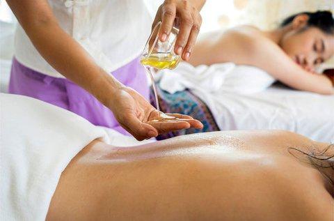 Aromaterápiás teljes testmasszázs 60 percben