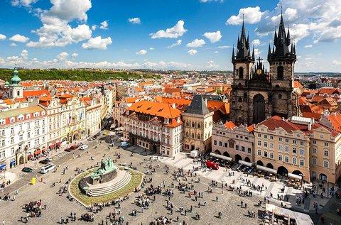 Hosszú hétvége Prágában, buszos utazással