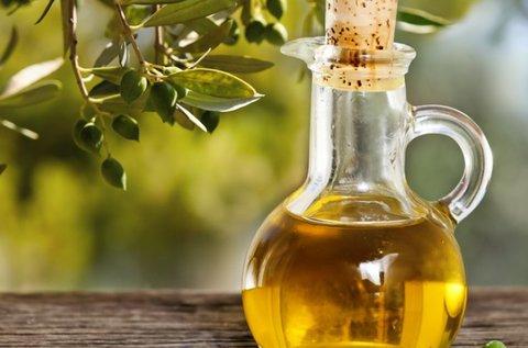 2 üveg 0,75 l-es extra szűz olívaolaj