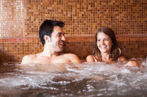 Wellness pihenés Gyulán Várfürdő belépővel