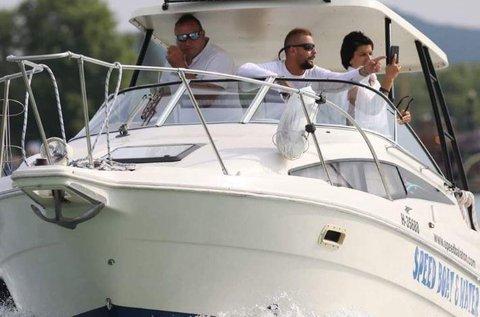 30 perces extrém hajós program a Balatonon