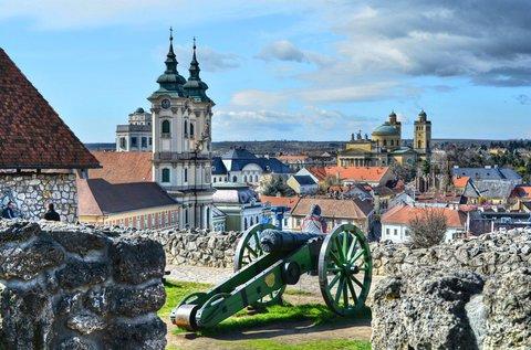 Páros kikapcsolódás a történelmi Egerben