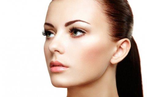Anti-aging arckezelés orvosi tisztaságú szérummal
