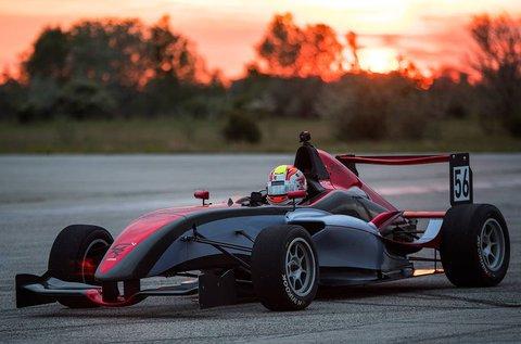 Forma Renault versenyautó vezetés 2 körön át