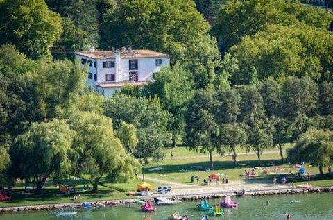 Töltsetek el 5 ragyogó nyári napot Balatonlellén!