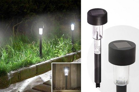 Napelemes kerti lámpa LED világítással