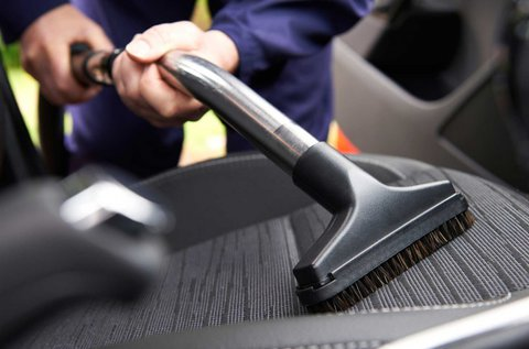 Üléskárpit tisztítás belső takarítással