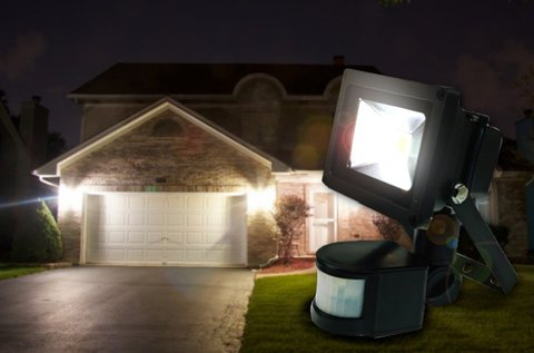 Mozgásérzékelős 10 W-os LED reflektor