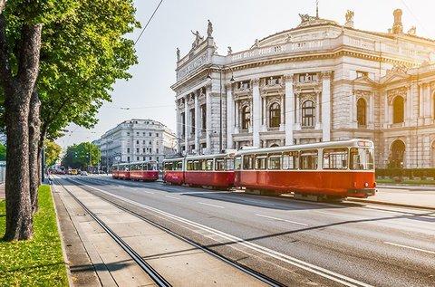 Buszos kirándulás az osztrák fővárosba, Bécsbe