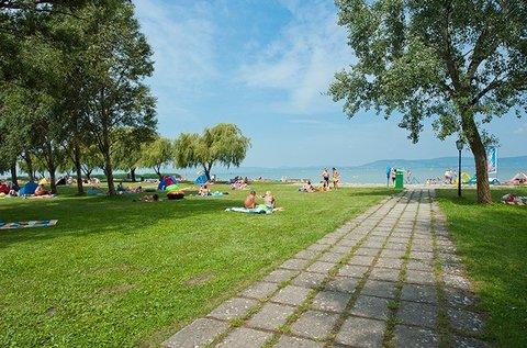 Indián nyár Balatonlellén, közvetlenül a parton