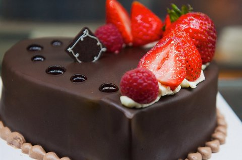 Lesd el a tortadíszítést cukrászmesterektől!