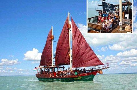 Választható hajós program a Balatonon
