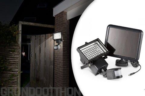 Mozgásérzékelős, napelemes  LED reflektor