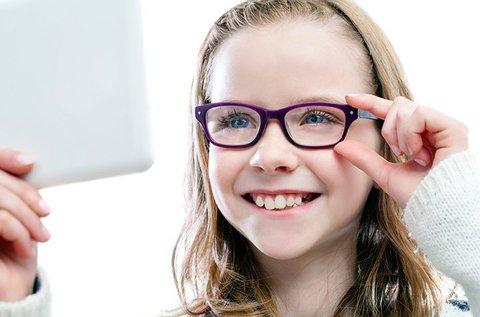 UV szűrős gyerekszemüveg készítése kerettel
