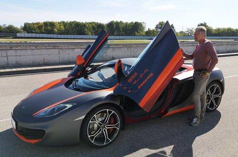 McLaren MP4-12C élményvezetés 4 körön át