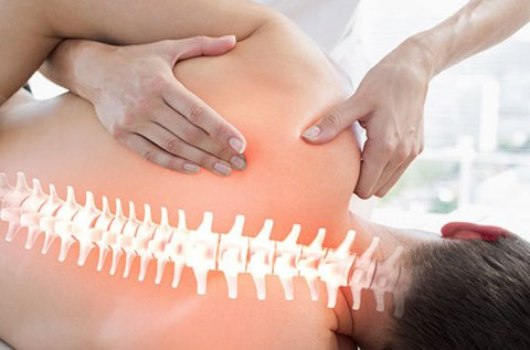 Csontkovácsolás a test teljes átvizsgálásával