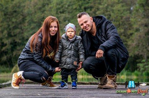1 órás profi családi fotózás 100 db fényképpel