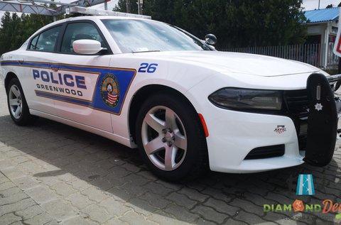 Vezess Dodge Charger rendőrautót 3 körön át!