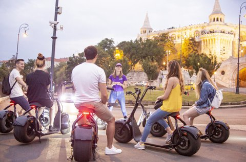 Nézelődj e-robogóról Budapest utcáin!