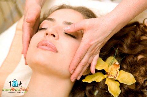 Hyaluronos-liposzómás arcfeltöltés a hidratált bőrért
