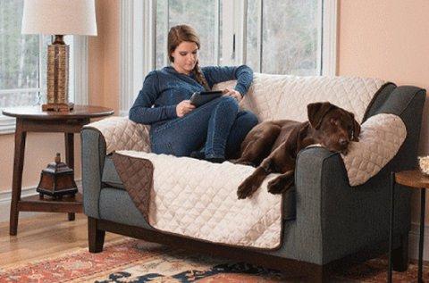 Kétoldalú, steppelt kanapévédő takaró