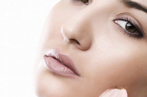 Biológiai hámlasztás és lézeres nyugtatás az arcnak