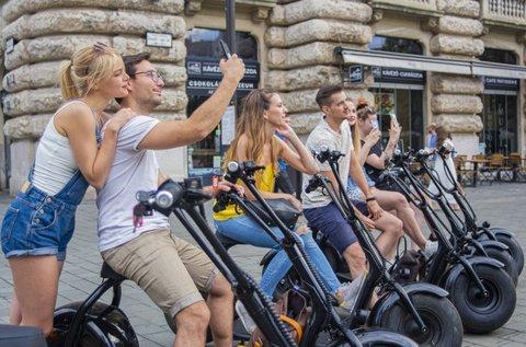Fedezd fel Budapest utcáit e-robogóval!