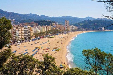 8 napos nyaralás Costa Braván repülővel