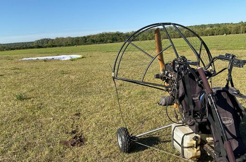 40 perc motoros tandem siklóernyőzés